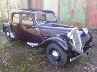 Citroen Traction Avant light fifteen