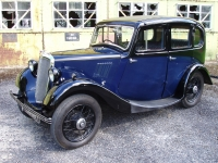 Morris 8 series I 4-door sliding head saloon